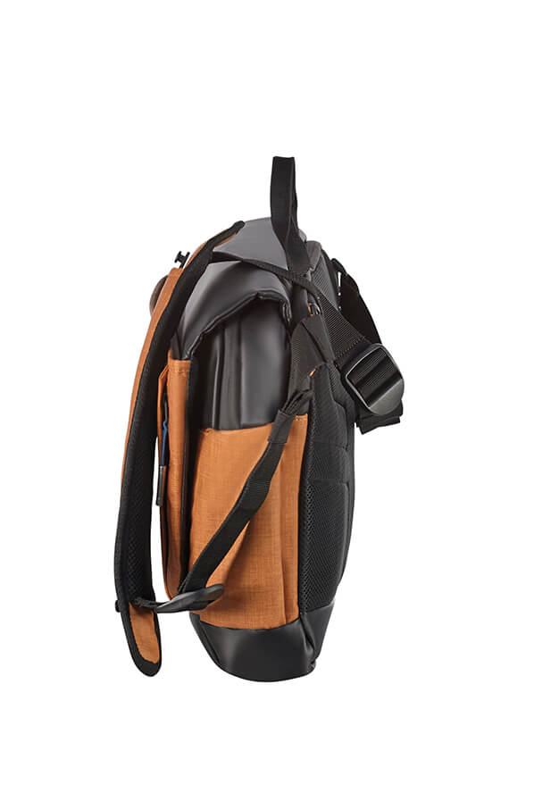 b59777f98810 2WM Messenger bag M 15.6